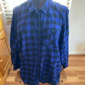 Catherines Long Sleeve Flannel Plaid Top